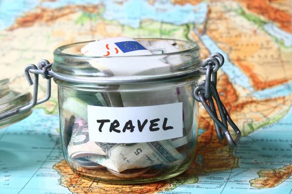 geld lenen voor een vakantie sparen