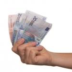 Waar kan ik geld lenen?